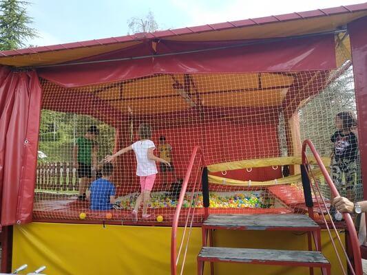 parco giochi bambini bergamo piscina palline